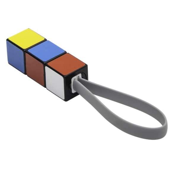 Pendantiv cub Rubik
